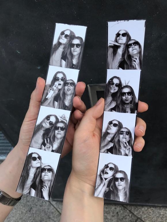 Fotostreifen schwarz weiß